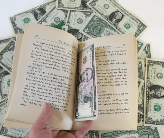 πλουσιότεροι συγγραφείς