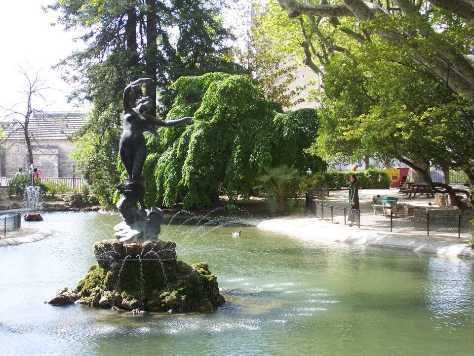 Οι υψωμένοι κήποι Jardin des Doms