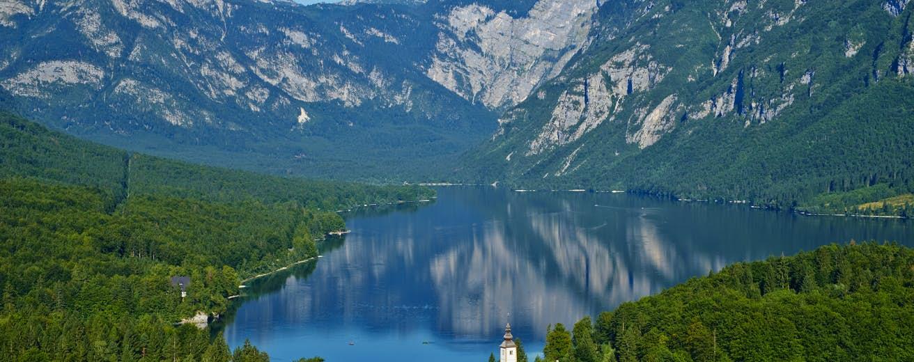 Μποχίντζ Σλοβενίας: Η εκκεντρική περιοχή «πνιγμένη» στη φύση