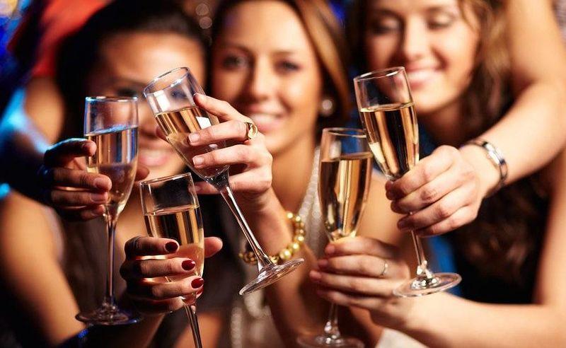 Αλκοόλ: Ποια τα οφέλη του στον οργανισμό;