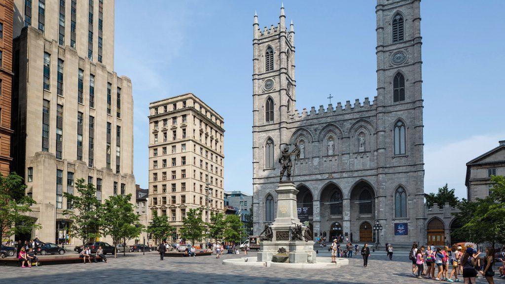 Η Παναγία των Παρισίων στο Μόντρεαλ